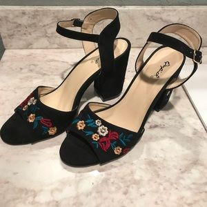 Quips black faux suede embroidered block heels